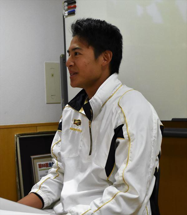 chihiro R